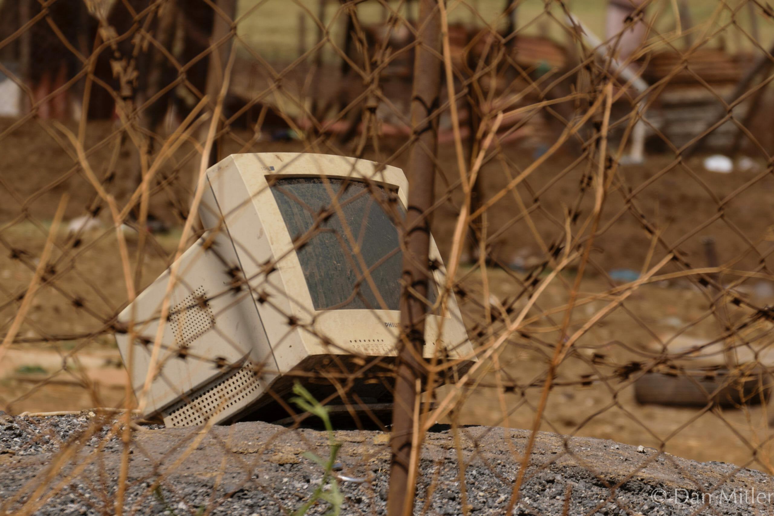 Read more about the article Danske kommuner dumper IT-affald i Afrika