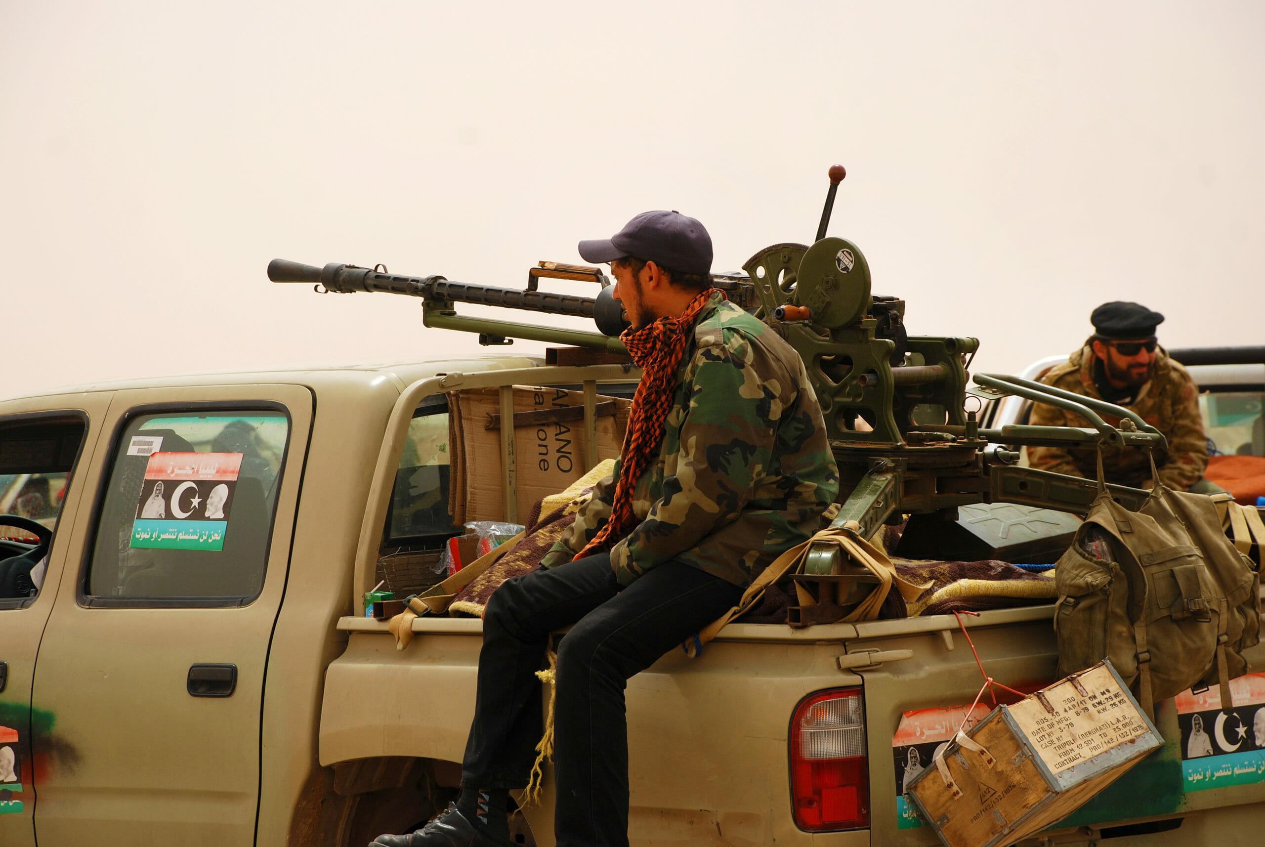 Gaddafi-styret advarer om borgerkrig