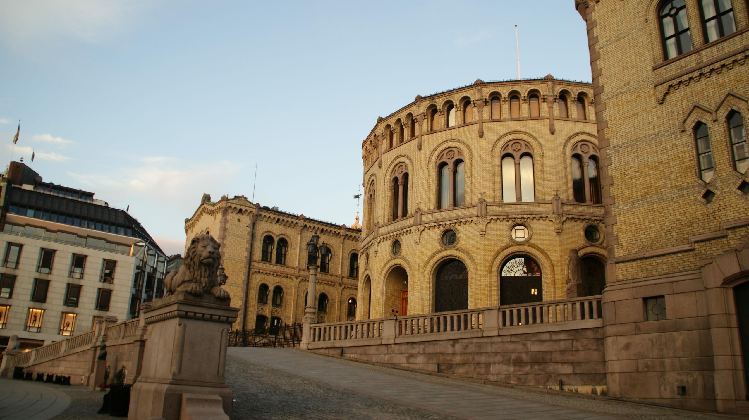 Read more about the article Kirke og stat kobles fra hinanden i Norge