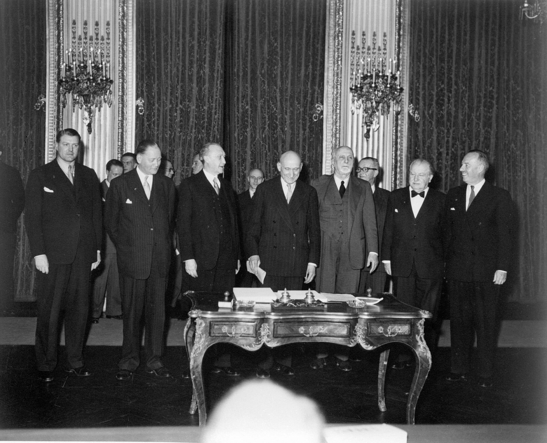 Read more about the article Vigtige årstal i EU-Parlamentets historie