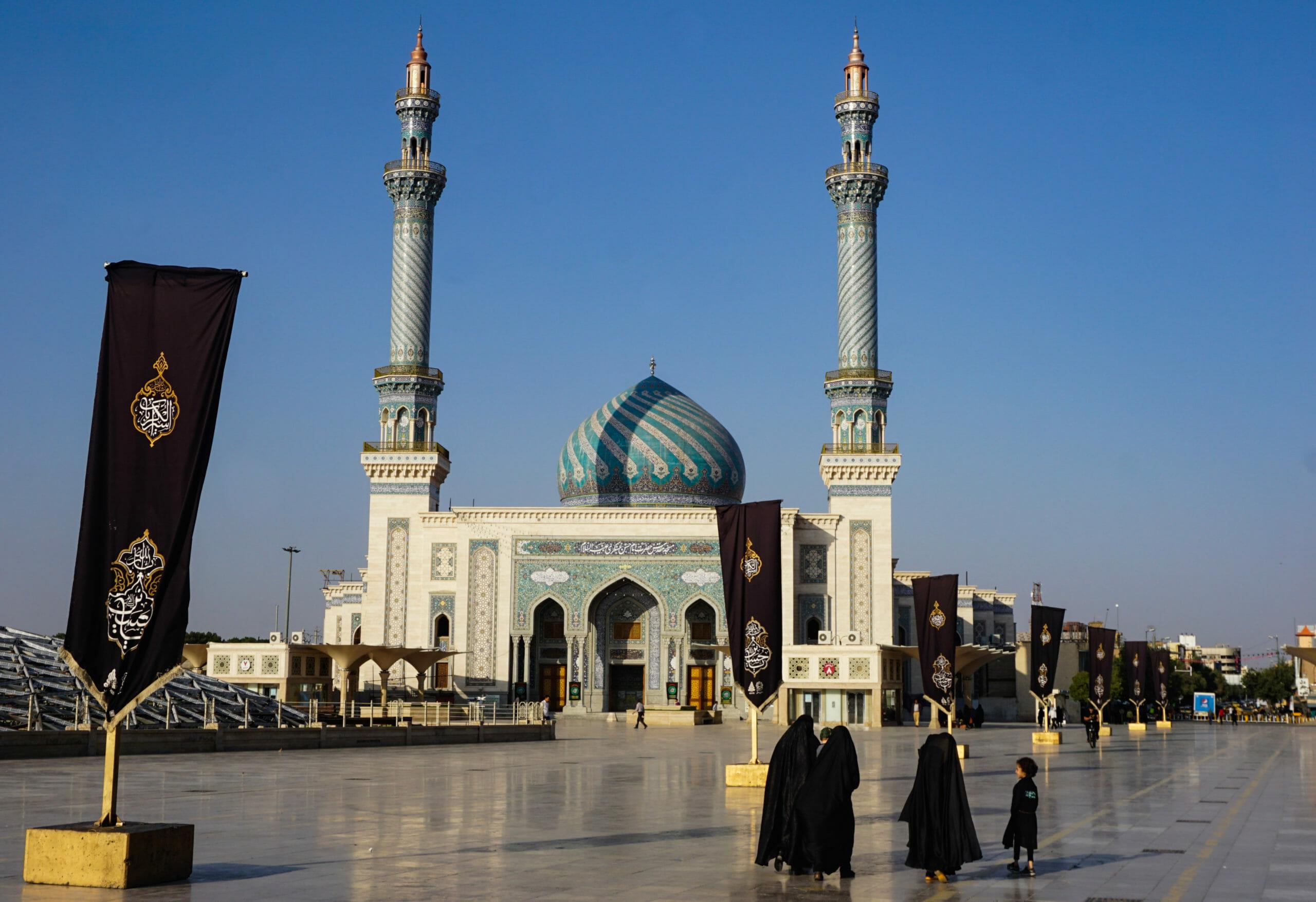 Read more about the article FAKTA: Profetens død skabte to trosretninger i islam