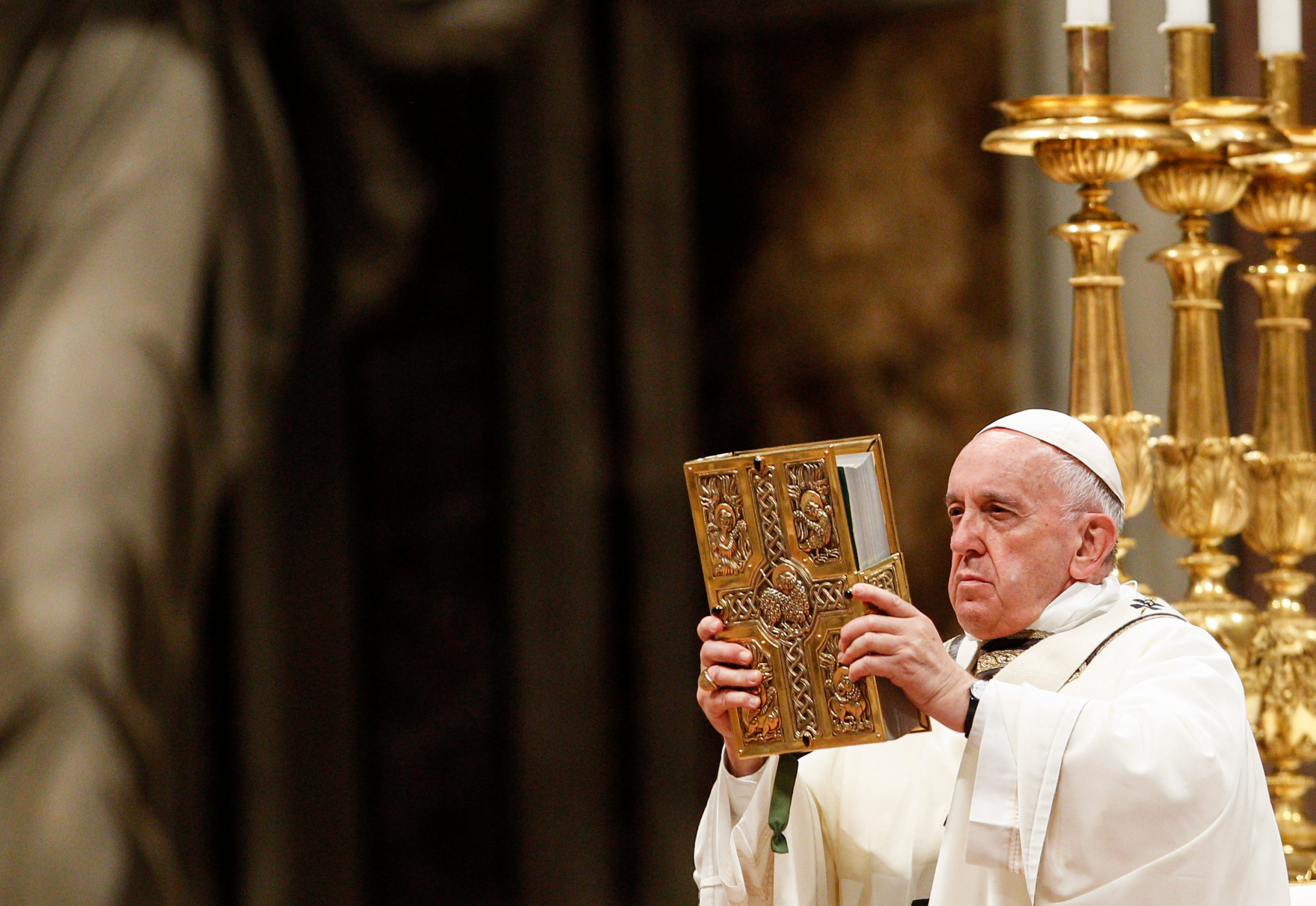 Paven taler dunder til religiøse hyklere