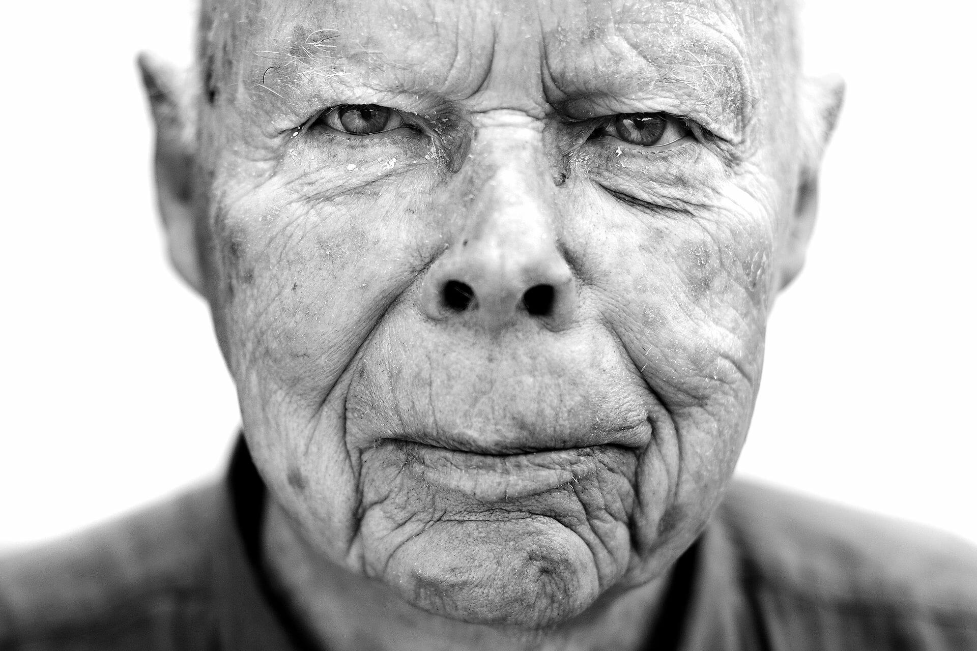Frihedskæmper politianmeldt for 73 år gammelt dobbeltdrab