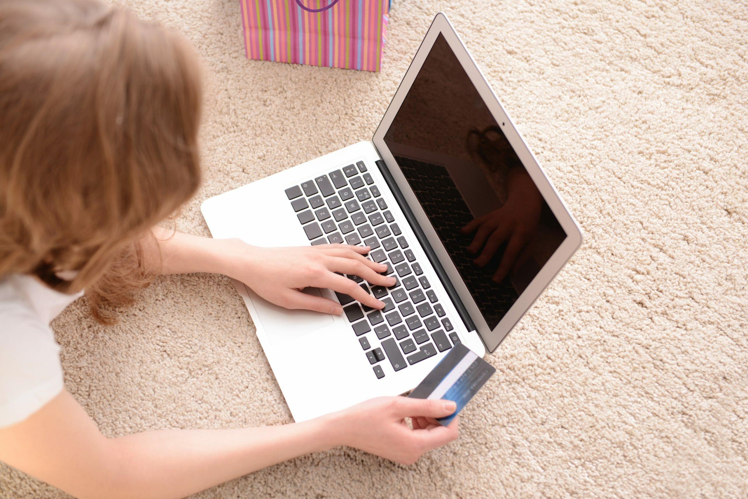 Read more about the article FAKTA: Det siger reglerne om skjult reklame