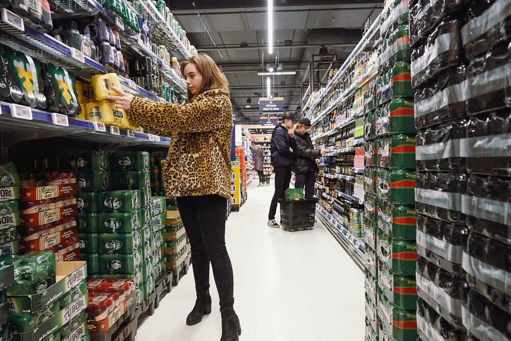 Read more about the article FAKTA: Sådan er aldersgrænserne for salg af alkohol