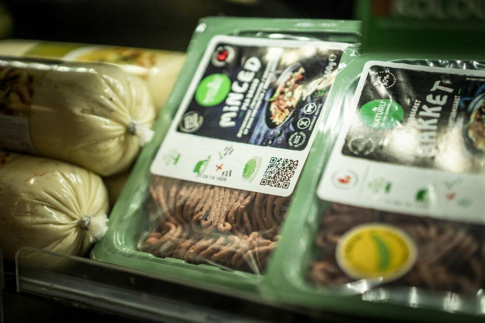 Read more about the article Fremtidsforsker: Kød forsvinder ikke helt fra middagsbordene