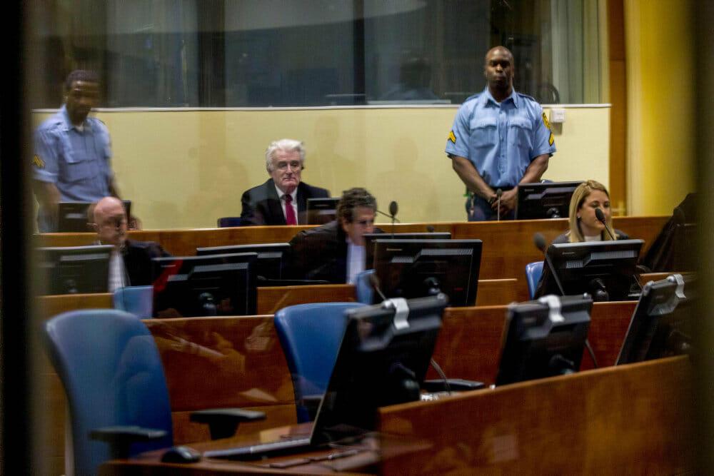 OVERBLIK: Massakren i Srebrenica kostede 8000 personer livet