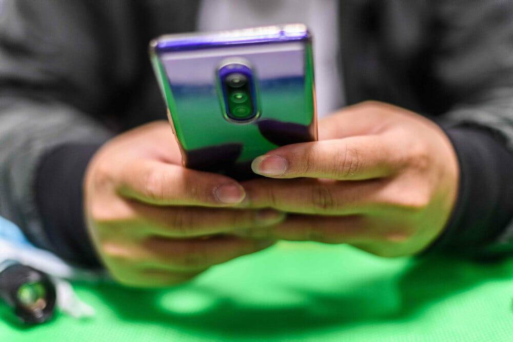 Nye mobilbrugere i Kina vil få deres ansigt skannet