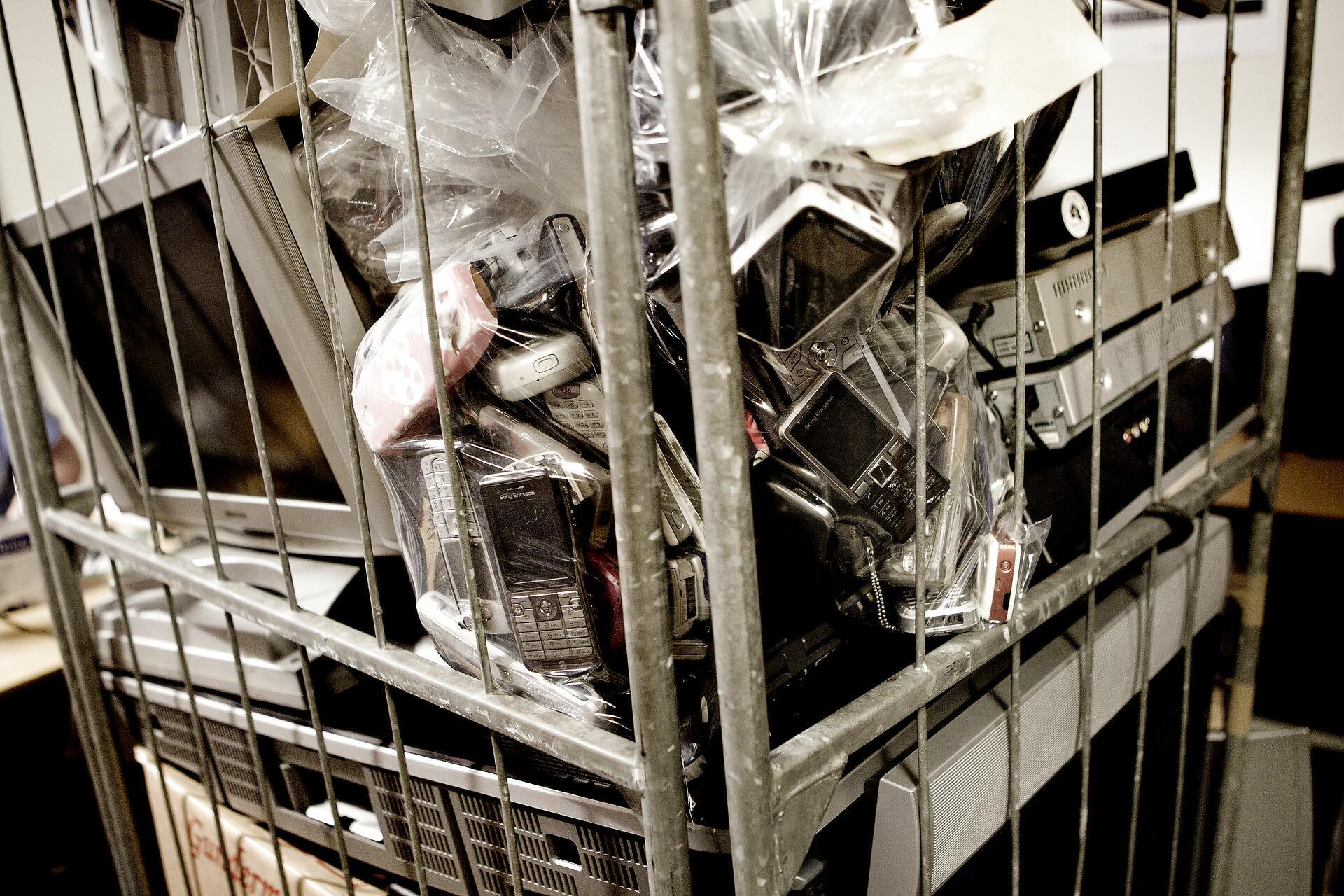 Tusindvis af genbrugs-egnede hvidevarer smides ud hvert år