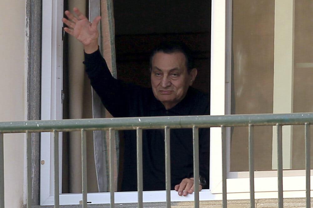 Egyptens afsatte præsident Mubarak er død – 91 år