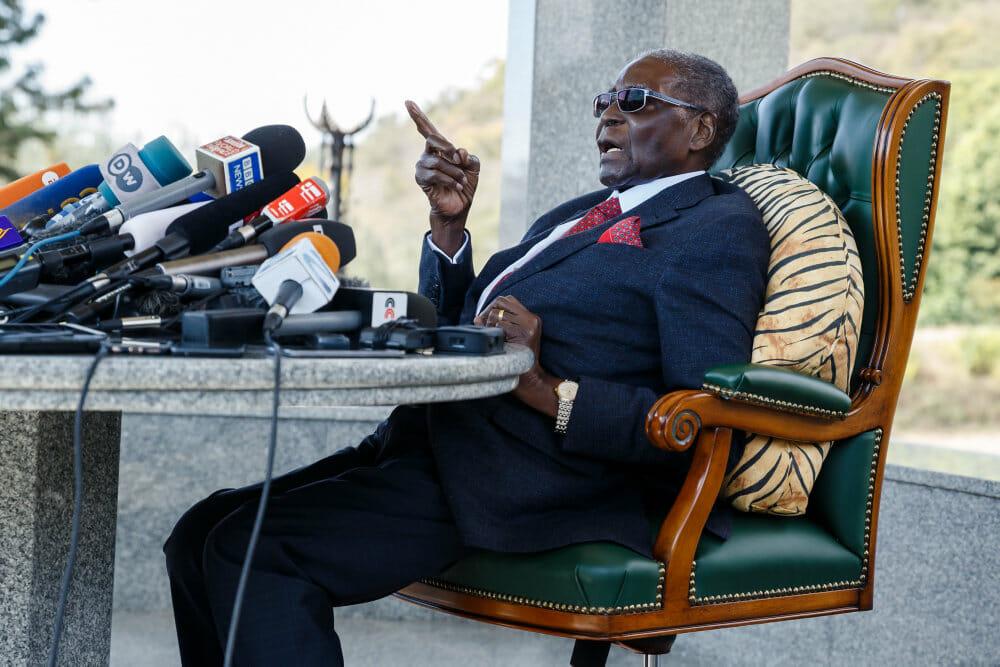 Zimbabwes tidligere præsident Mugabe er død