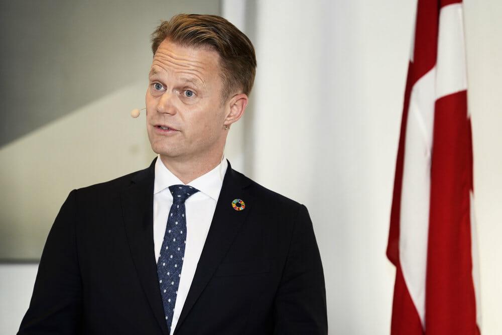 Dansk udenrigsminister: USA svækker fredsprocessen i Israel