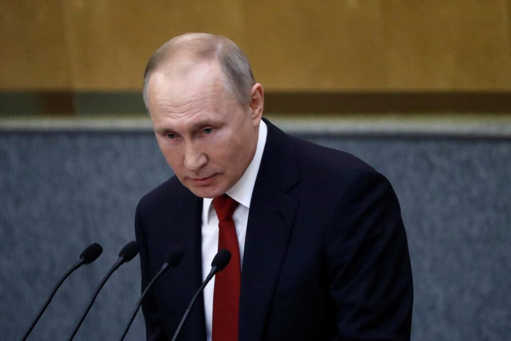 Russisk parlament vedtager lov: Putin kan blive siddende til 2036