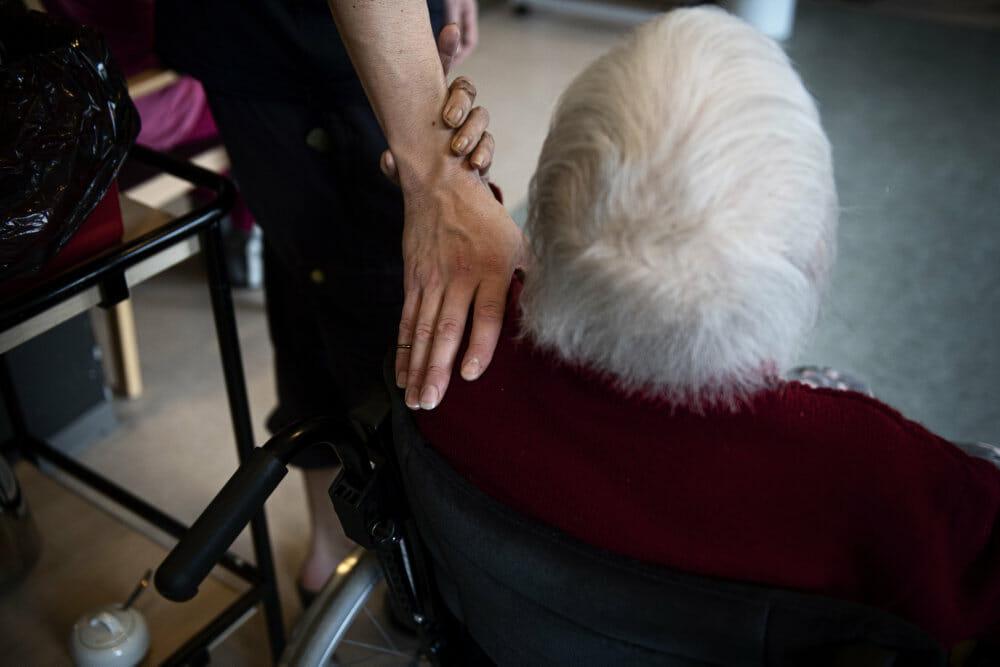 Read more about the article I Holland kan demente nu få dødshjælp uden at ønske det
