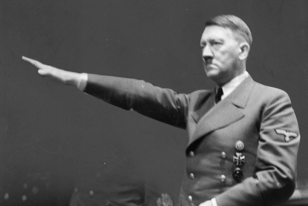 Hitlers liv sluttede for 75 år siden med bryllup og selvmord