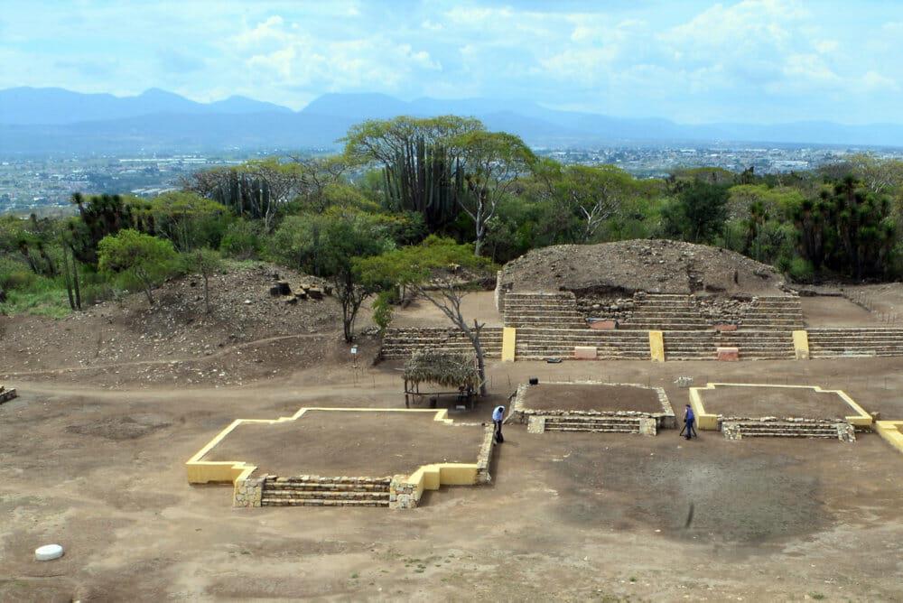 Read more about the article Huden blev flået af mennesker i mexicansk aztekisk tempel