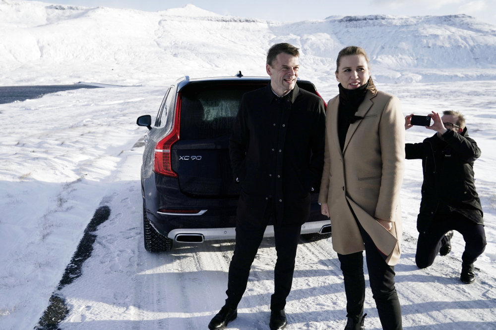 Mette F. er klar til at give Færøerne større albuerum