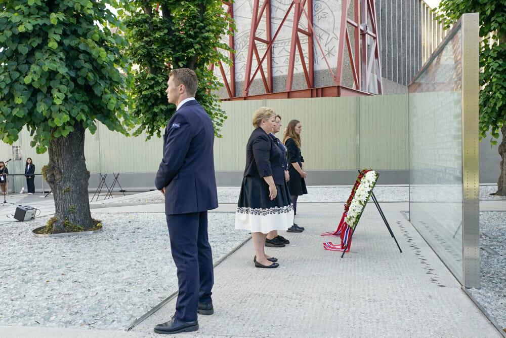 Offer på årsdag for Utøya-angreb: Modgiften mod had er håb