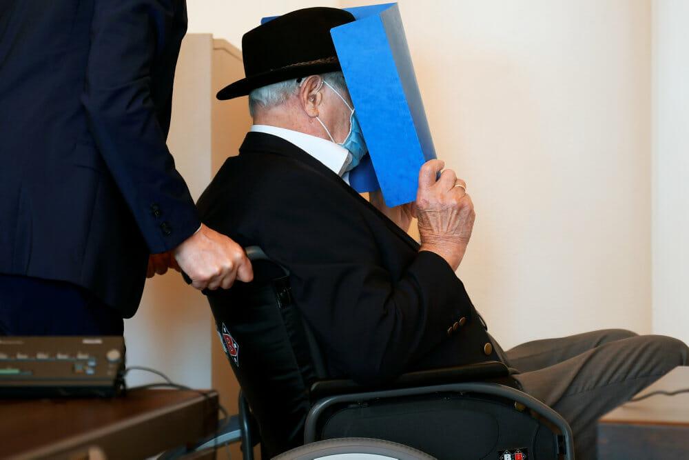 Read more about the article 93-årig nazivagt i koncentrationslejren Stutthof får ungdomsstraf