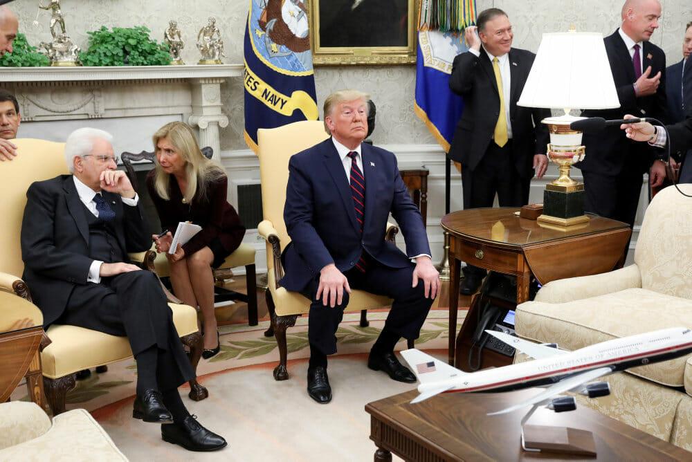 Read more about the article Trump betegner exit fra Syrien som strategisk genialitet