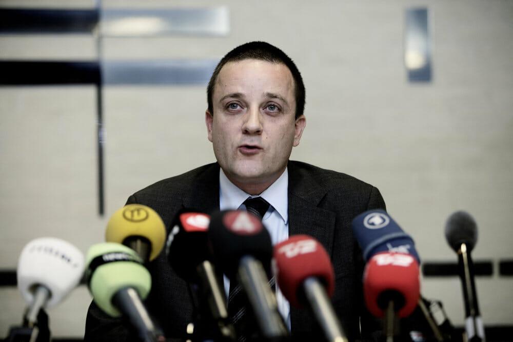 Tidligere PET-chef, Jakob Scharf, frifindes i 27 af 28 anklager om brud på tavshedspligt