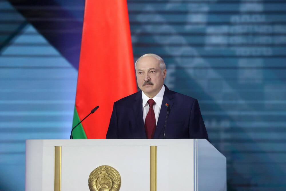 Hviderusland: Europas sidste diktator er på hælene