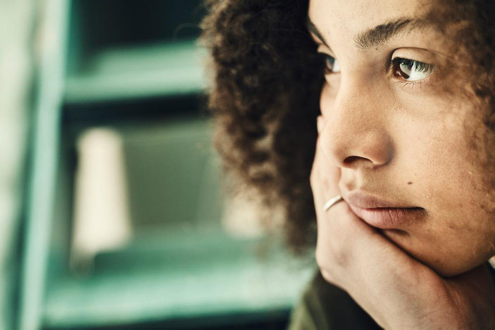"""Read more about the article Ny rapport om stress blandt børn og unge: """"Jeg føler mig som et omvandrende tal"""""""