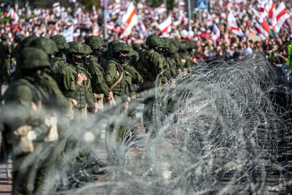 Hviderusland: Putin bakker op om trængt Lukasjenko