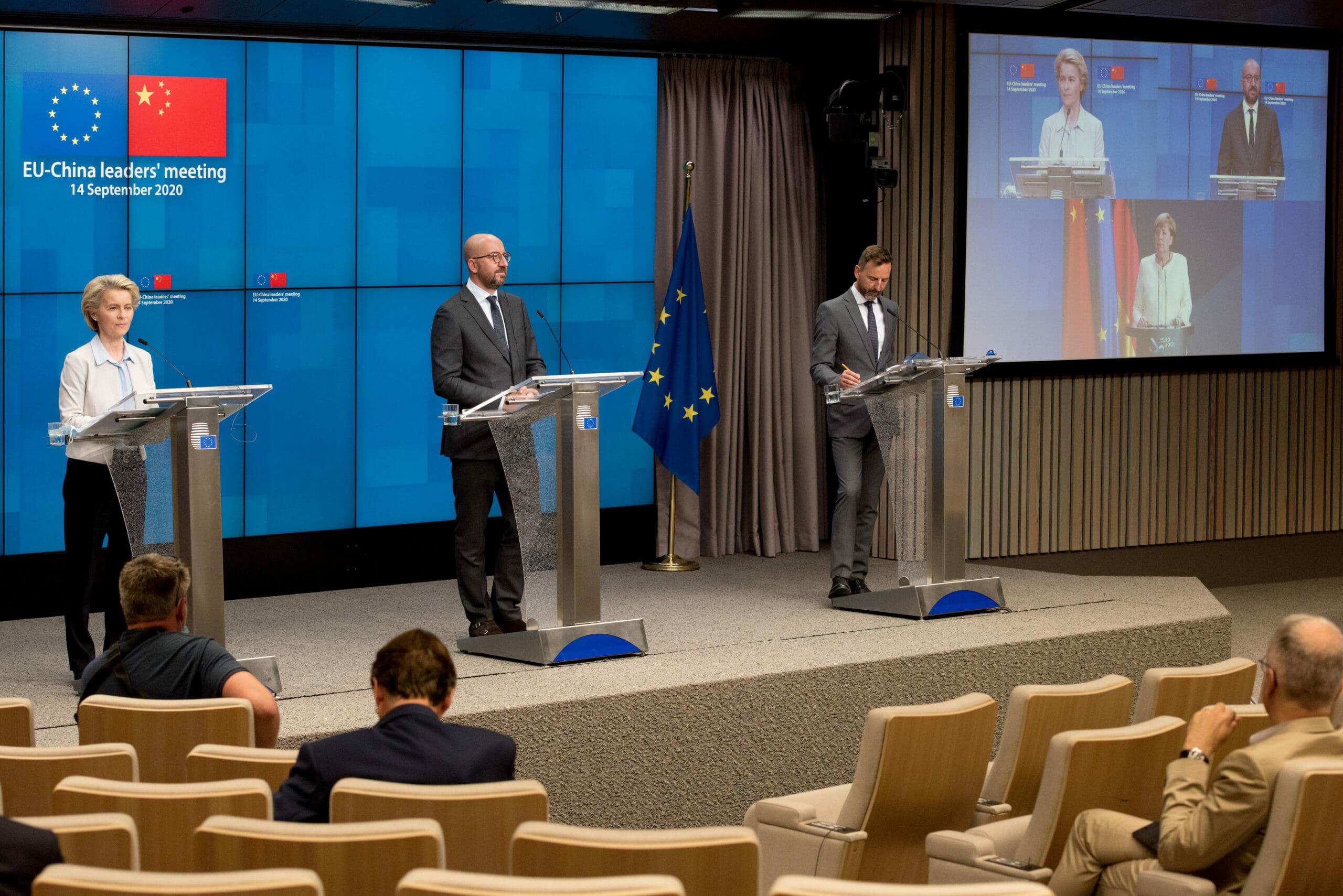 EU kræver Kina-barrierer revet ned før de indgår stor aftale
