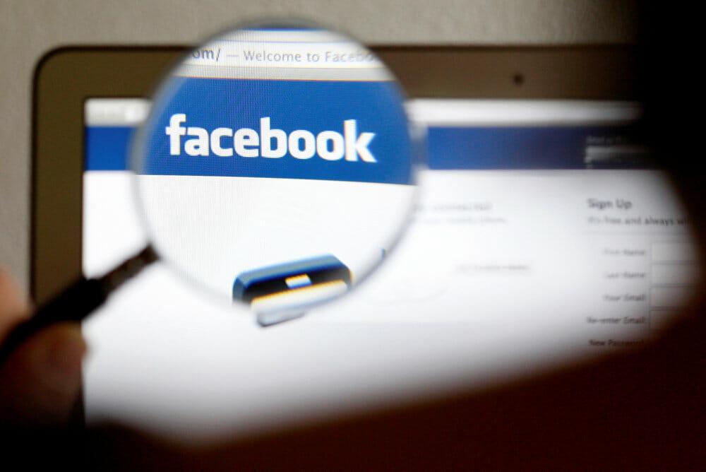 Facebook vil stoppe falsk og fordrejet indhold om Holocaust
