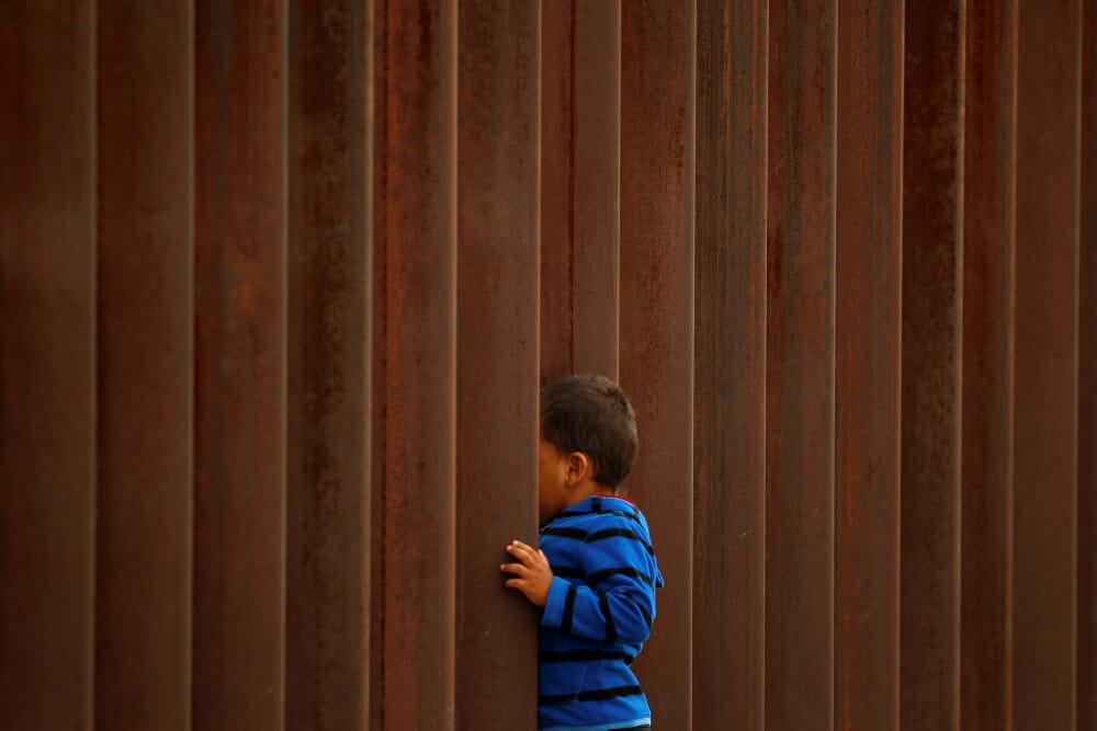 545 migrantbørn mangler forældre efter tvangsadskillelse i USA