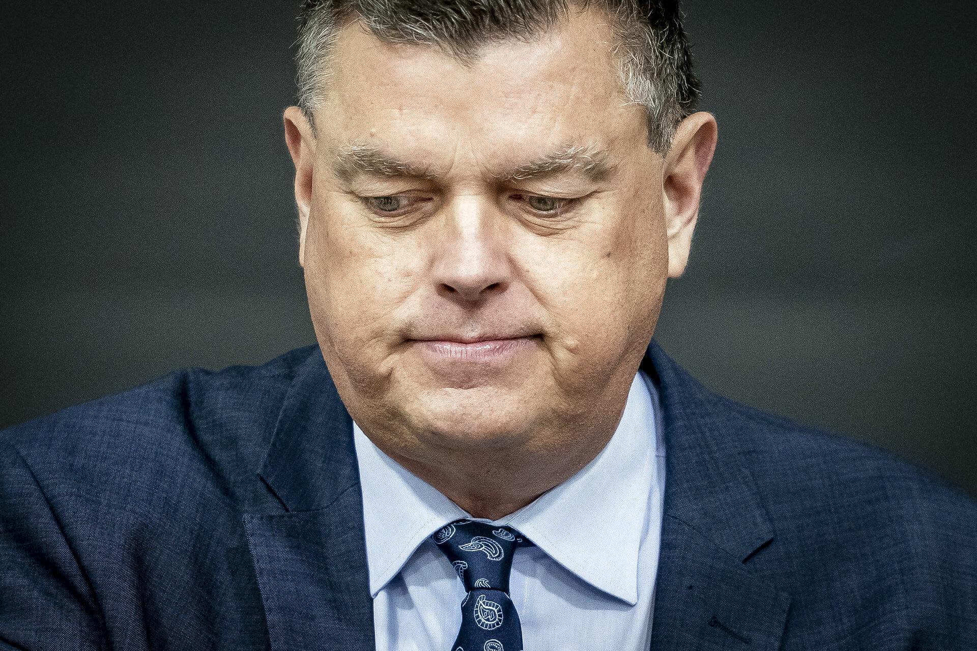 Read more about the article Fødevareminister Mogens Jensen trækker sig efter minksag