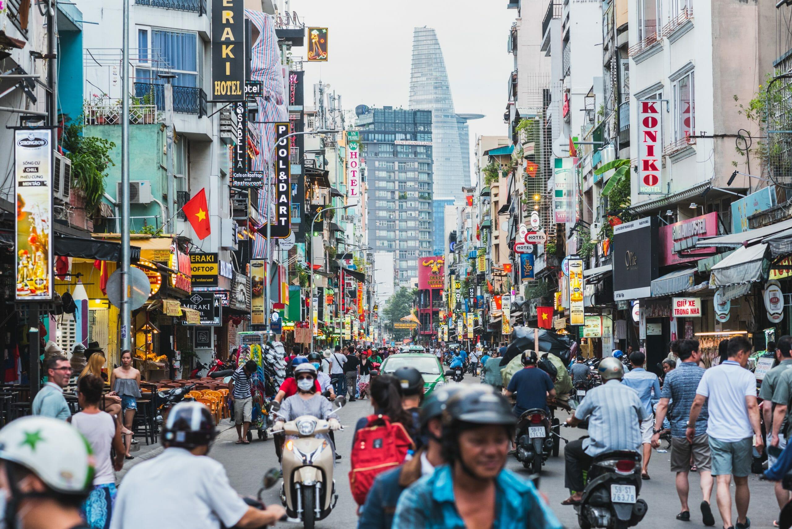 Amnesty: Facebook står på systemets side i Vietnam