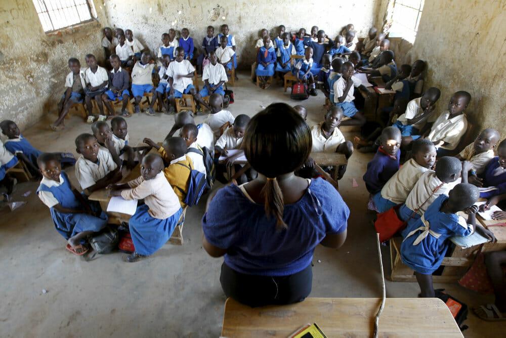 Read more about the article 136 millioner børn skal hjælpes tilbage i skole efter corona