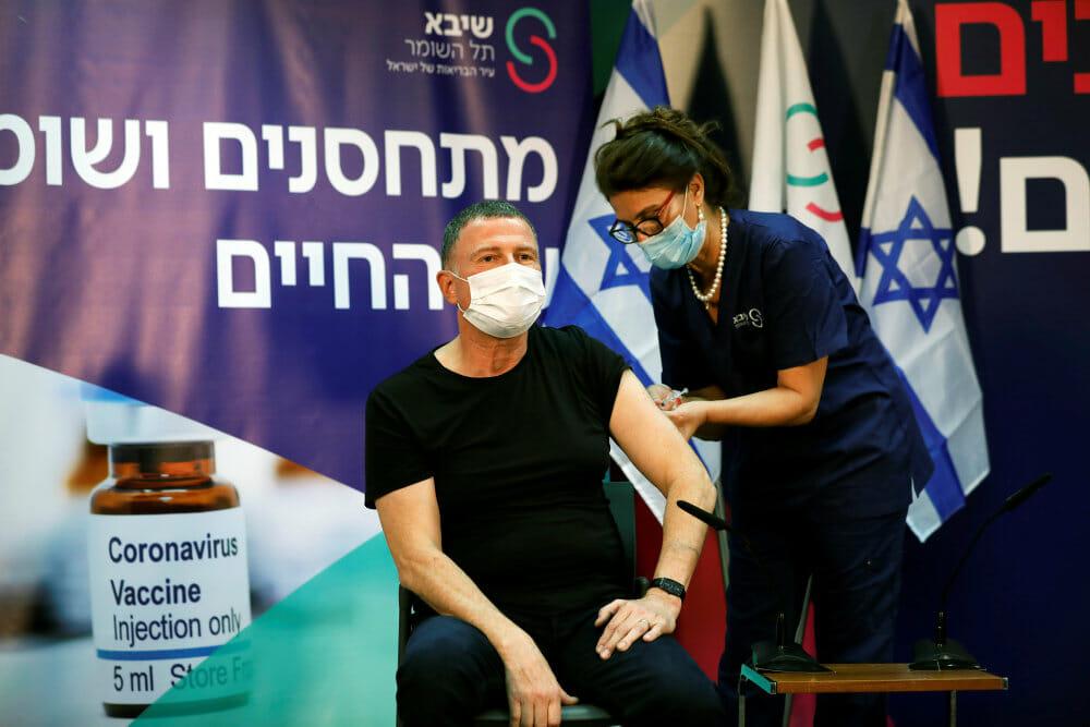 Israel afviser at have ansvar for at vaccinere palæstinenserne