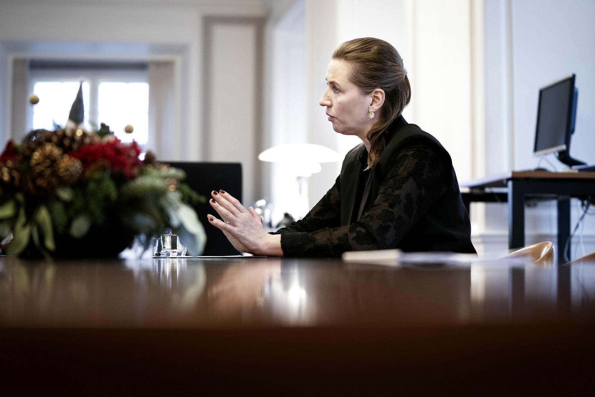 Mette Frederiksen vil holde IS-mødre ude af Danmark