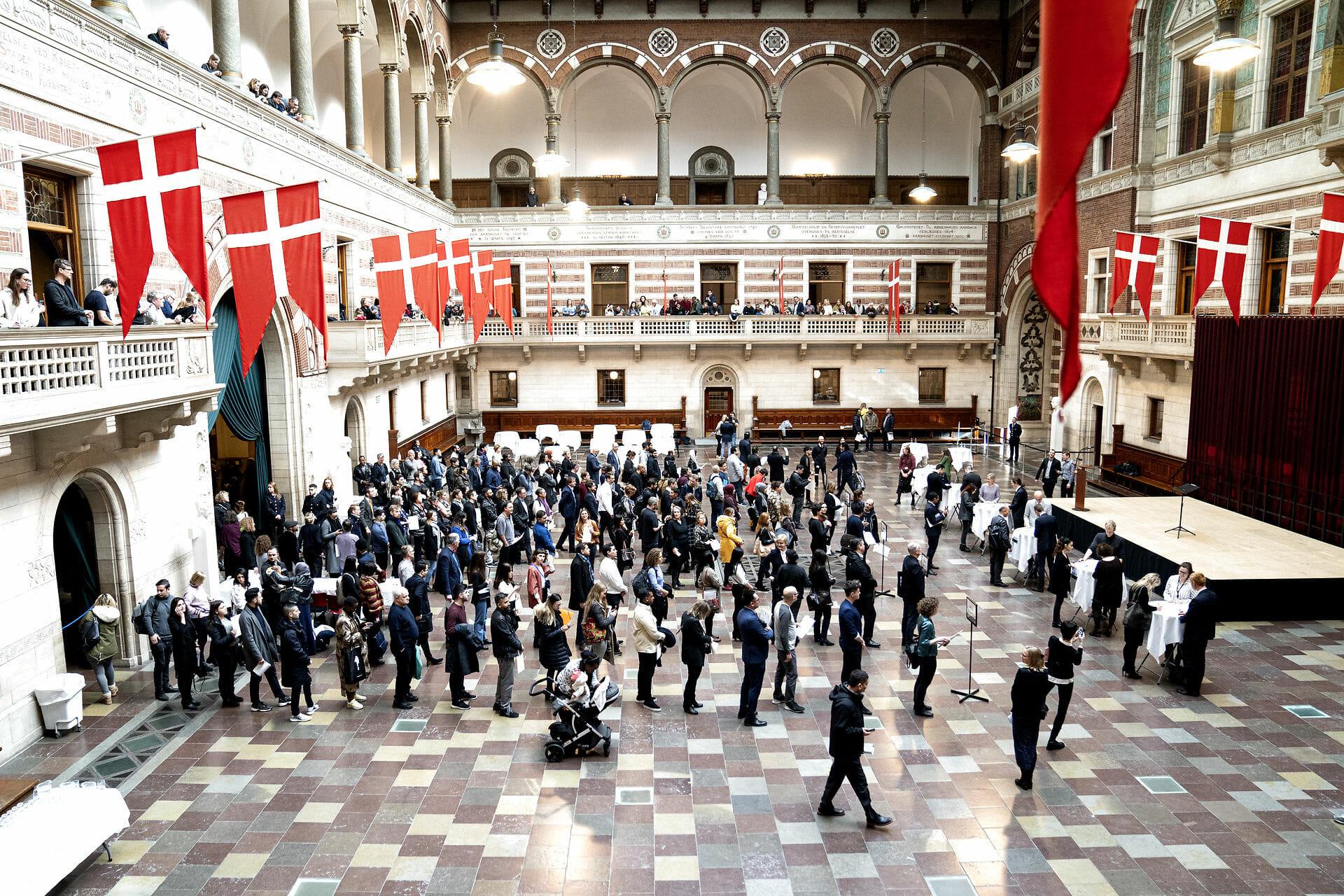 Folketingsflertal vil stramme krav til dansk statsborgerskab