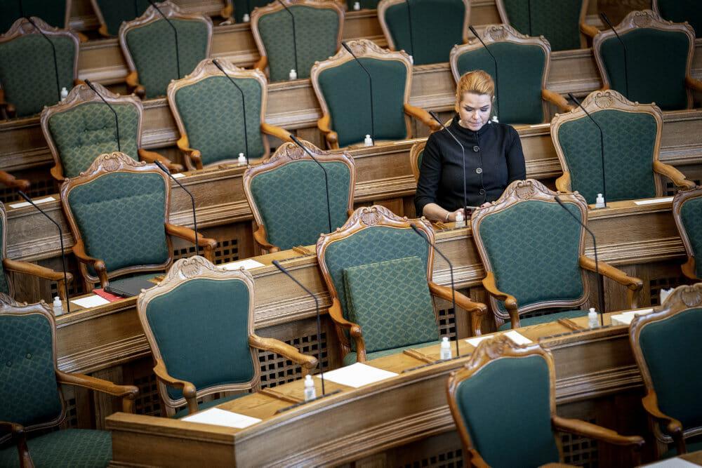 Usædvanligt mange folketingsmedlemmer har forladt deres parti