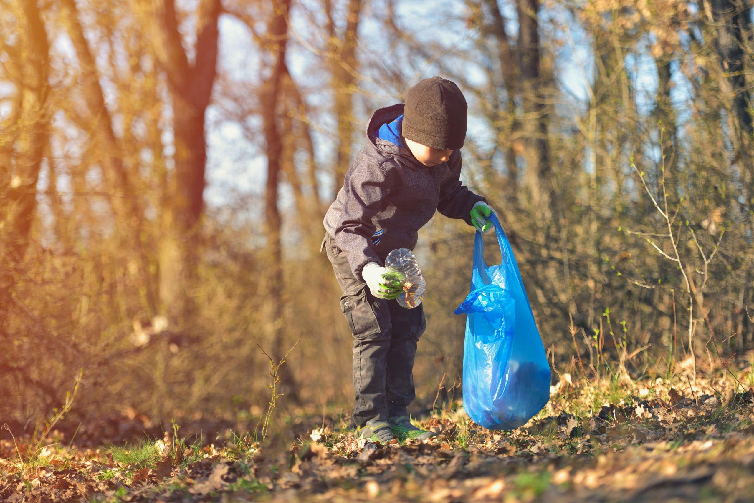 137.000 børn skal befri naturen for affald