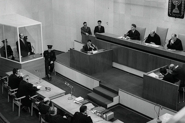 Read more about the article I retten med Adolf Eichmann – ondskabens banalitet blev udstillet
