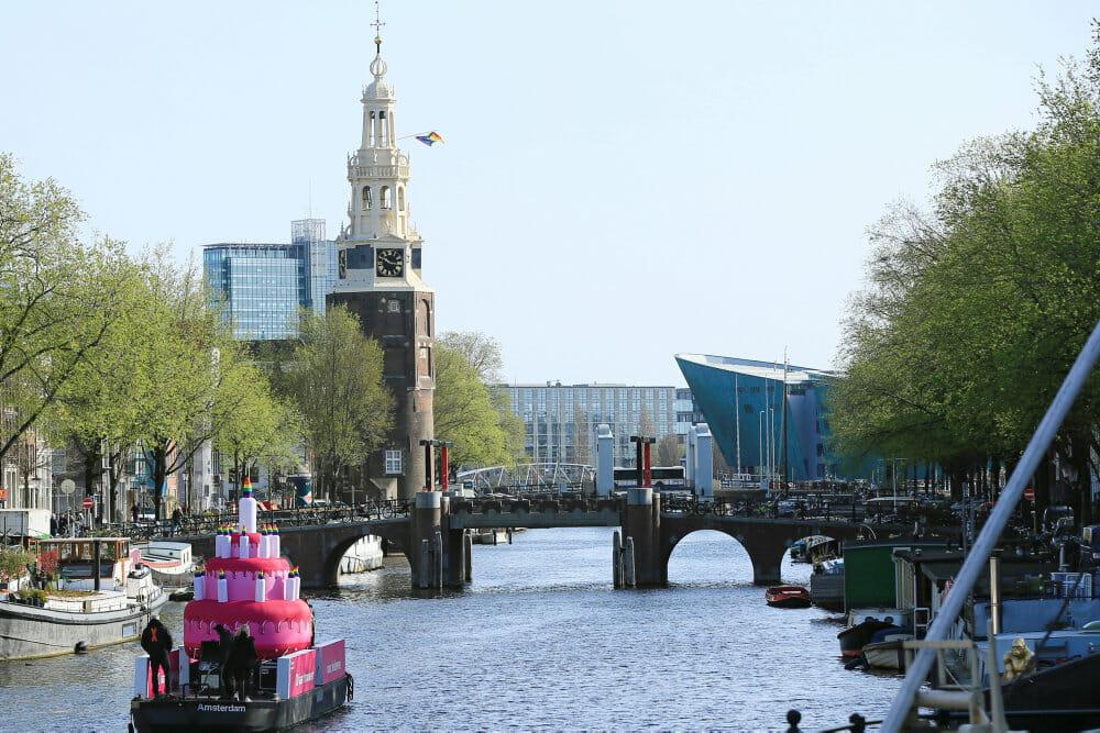 Holland markerede 20-årsdag for første homobryllup