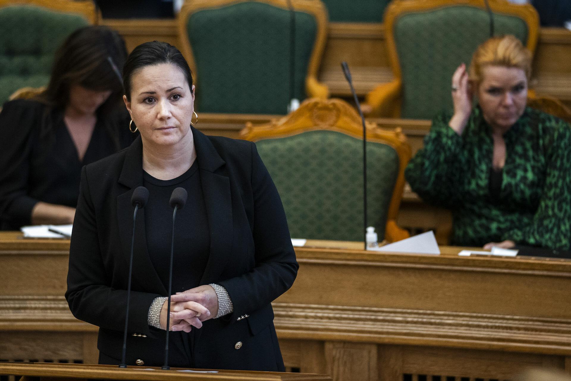 Regeringen afviser erstatning til grønlandske børn uden retssag