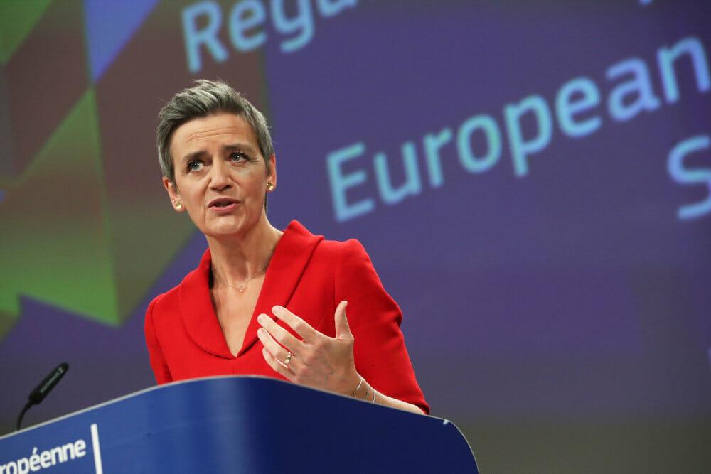 Vestager vil give EU magt til at blokere udenlandske opkøb