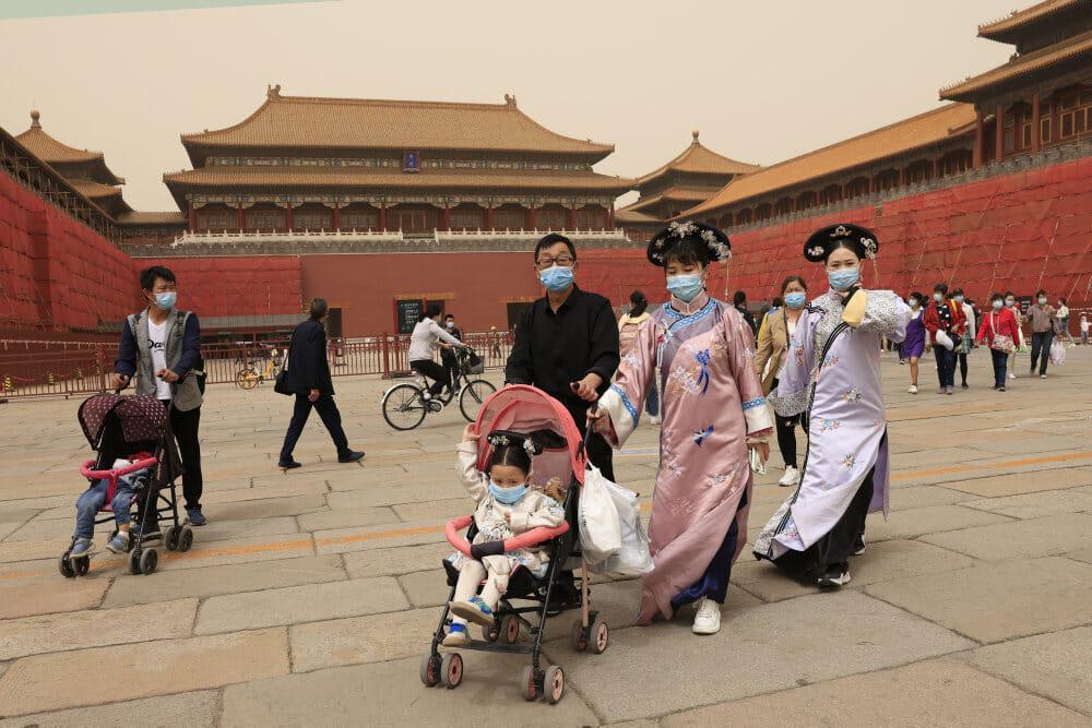 Trods lav befolkningsvækst runder Kina 1,4 milliarder indbyggere