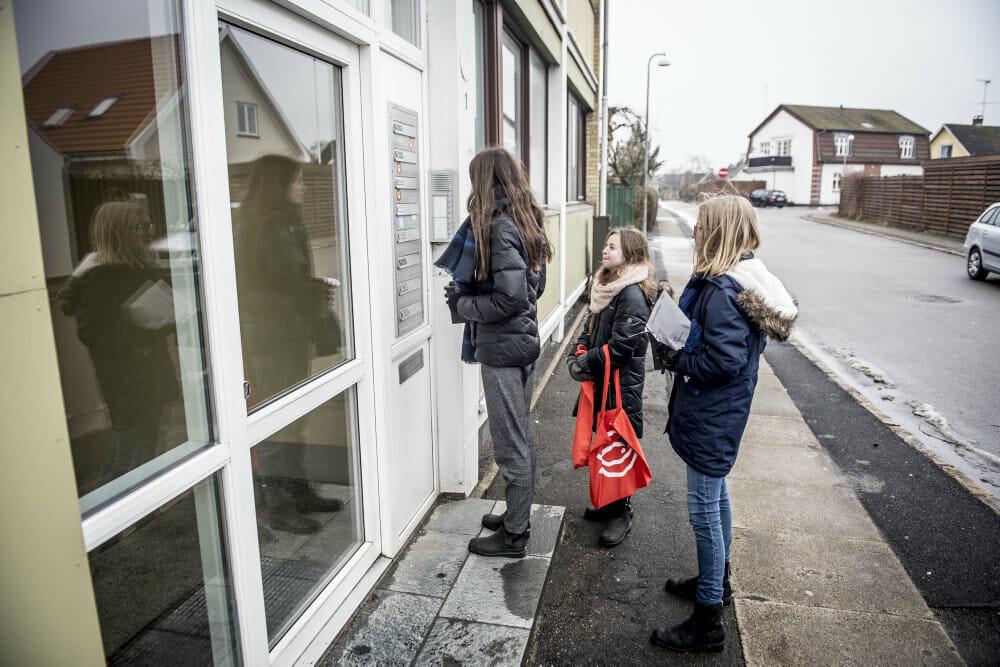 Under coronakrisen har flere valgt at lave frivilligt socialt arbejde i Danmark