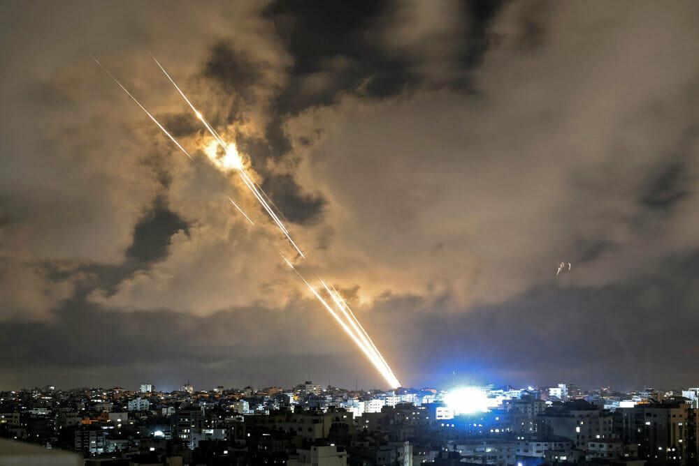 Den israelske regering godkender våbenhvile i Gaza-konflikt