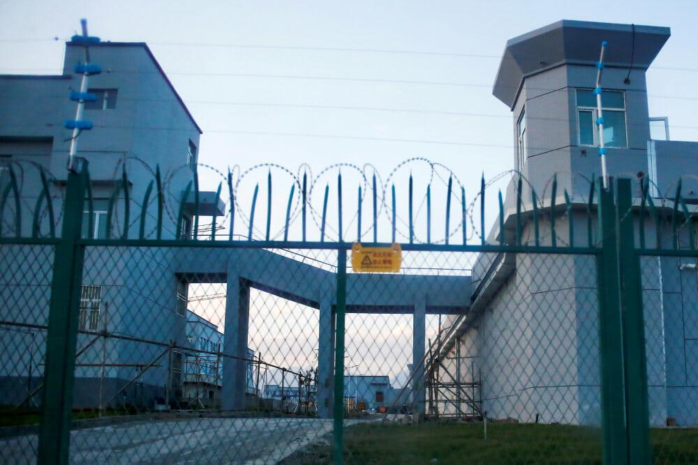 Ny rapport fra Amnesty: Kinas uighurer lever i et helvede
